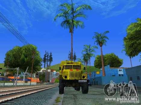 Ural 4320 GORSVET para GTA San Andreas left