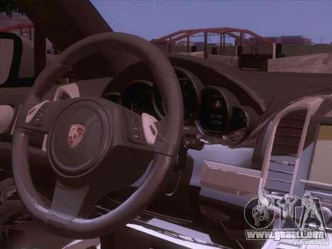 Porsche Cayenne Turbo 958 2011 V2.0 para GTA San Andreas vista hacia atrás