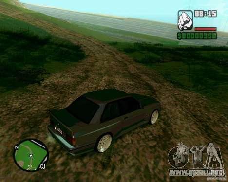 BMW M3 E30 Sport Evolution para GTA San Andreas vista posterior izquierda
