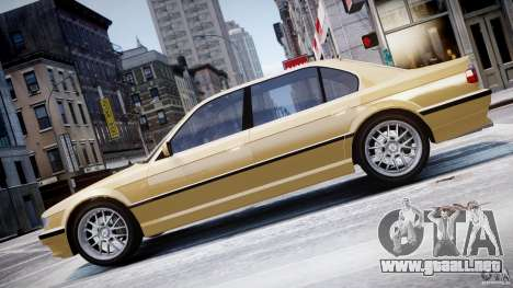 BMW 750i v1.5 para GTA 4 vista lateral