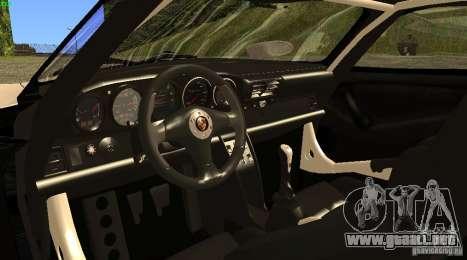 Porsche 911 GT1 Evolution Strassen Version 1997 para GTA San Andreas vista posterior izquierda