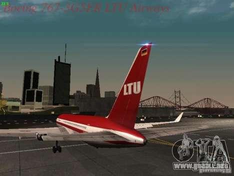 Boeing 767-3G5ER LTU Airways para GTA San Andreas vista posterior izquierda