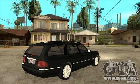 Mercedes-Benz W210 E320 1997 para la visión correcta GTA San Andreas