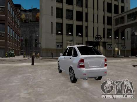 LADA Priora 2172 para GTA 4 Vista posterior izquierda