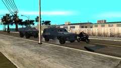 SWAT y el FBI carro pasear por las calles de