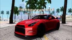 Nissan GTR 2011 egoísta (versión con suciedad)