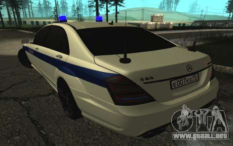 Mercedes-Benz S65 AMG W221 para GTA San Andreas left