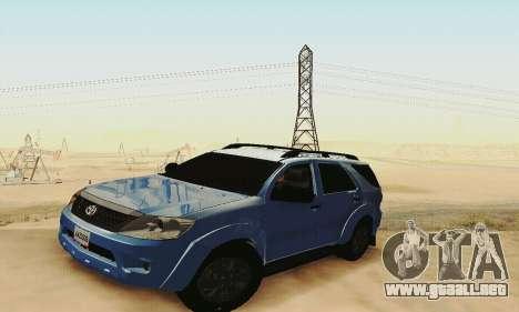 Toyota Fortuner Original 2013 para visión interna GTA San Andreas