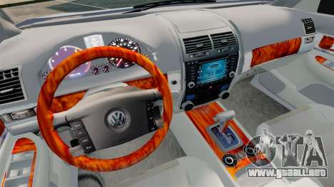 Volkswagen Touareg 2002 para GTA 4 vista interior