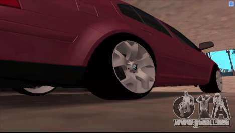 Volkswagen Bora V6 Stance para la visión correcta GTA San Andreas