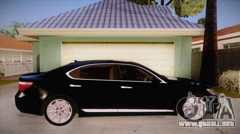 Lexus LS 600h L para GTA San Andreas vista hacia atrás