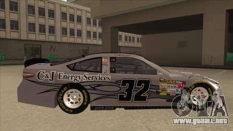 Ford Fusion NASCAR No. 32 C&J Energy services para GTA San Andreas vista posterior izquierda