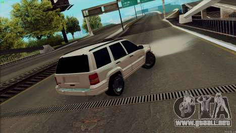 Jeep Grand Cherokee para GTA San Andreas left