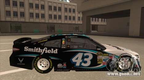 Ford Fusion NASCAR No. 43 Smithfield Foods para GTA San Andreas vista posterior izquierda