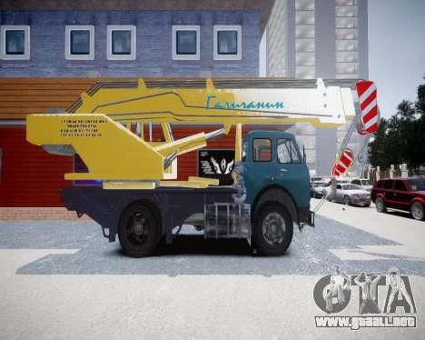 MAZ KS3577-4-3 francés para GTA 4 left