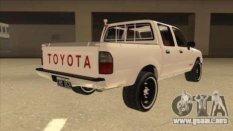 Toyota Hilux 2004 para la visión correcta GTA San Andreas