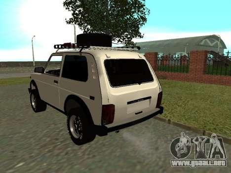 VAZ 21213 Niva para GTA San Andreas vista posterior izquierda
