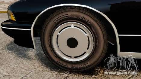 Chevrolet Caprice Police 1991 v2.0 LCPD para GTA 4 vista hacia atrás