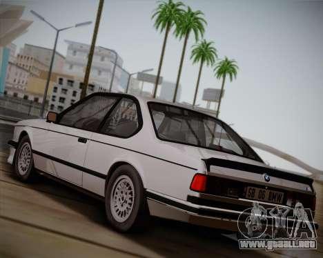 BMW E24 M635 1984 para GTA San Andreas vista posterior izquierda