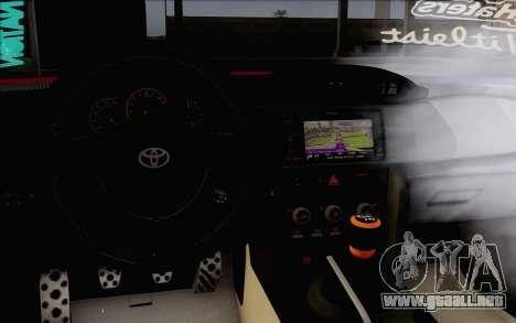 Toyota GT86 Lowstance para la visión correcta GTA San Andreas