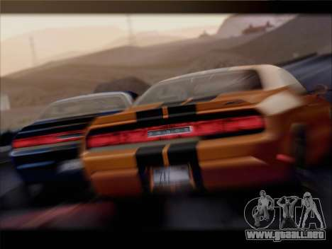 Dodge Challenger SRT8 2012 HEMI para vista lateral GTA San Andreas