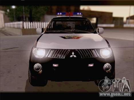 Mitsubishi L200 POLICIA para la visión correcta GTA San Andreas
