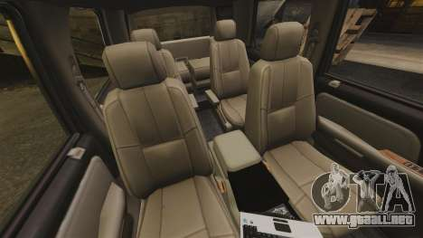 Chevrolet Tahoe Fire Chief v1.4 [ELS] para GTA 4 vista interior