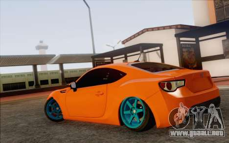Toyota GT86 Lowstance para GTA San Andreas left