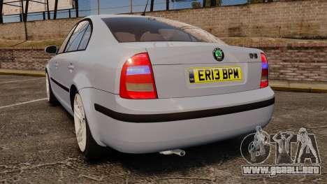 Skoda Superb 2006 Unmarked Police [ELS] para GTA 4 Vista posterior izquierda