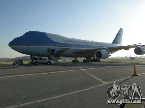Boeing-747-400 Airforce one para vista inferior GTA San Andreas