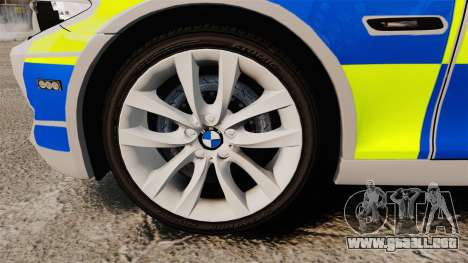 BMW 550d Touring Metropolitan Police [ELS] para GTA 4 vista hacia atrás