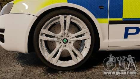 Skoda Superb 2006 Police [ELS] Whelen Edge para GTA 4 vista hacia atrás