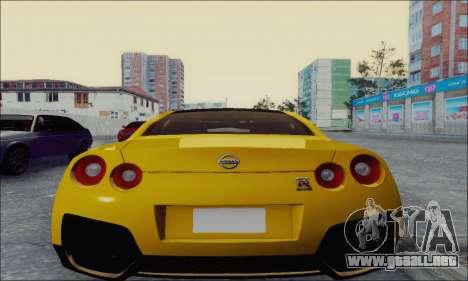 Nissan GT-R Spec V para GTA San Andreas vista posterior izquierda