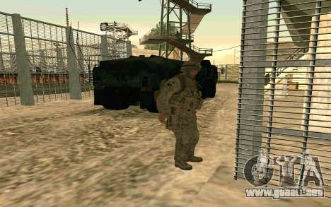HEMTT Heavy Expanded Mobility Tactical Truck M97 para GTA San Andreas vista posterior izquierda