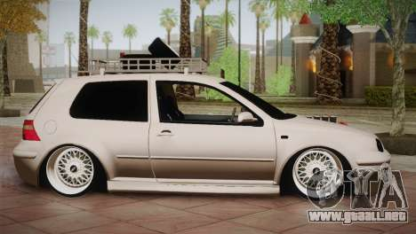 Volkswagen Golf IV Hellaflush para GTA San Andreas left