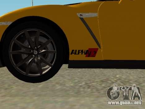 Nissan GT-R AMS Alpha 12 para GTA San Andreas vista posterior izquierda