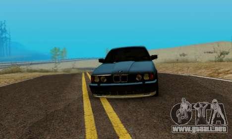 BMW M5 E34 1992 para GTA San Andreas vista posterior izquierda