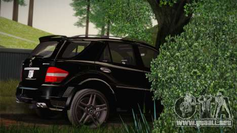 Mercedes-Benz ML63 para GTA San Andreas left