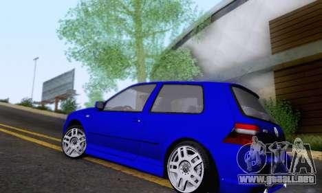 Volkswagen Golf R32 para GTA San Andreas vista posterior izquierda
