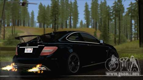 Mercedes C63 AMG Black Series 2012 para GTA San Andreas left