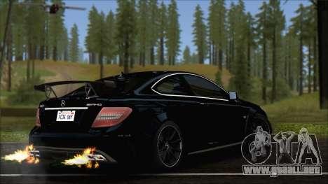 Mercedes C63 AMG Black Series 2012 para GTA San Andreas left