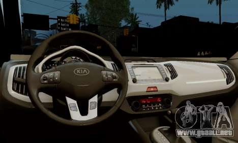 Kia Optima Stock para la visión correcta GTA San Andreas