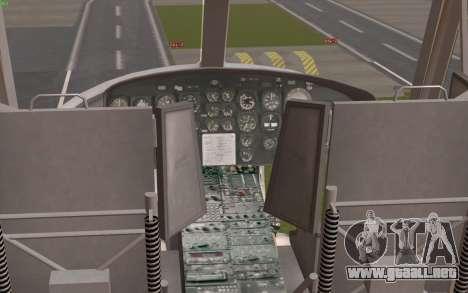 UH-1 Huey para GTA San Andreas vista hacia atrás