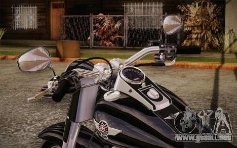 Harley-Davidson Fat Boy Lo 2010 para GTA San Andreas vista hacia atrás