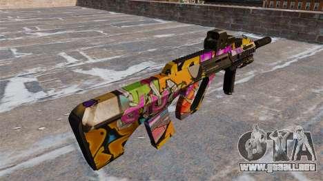 Máquina Steyr AUG-A3 Graffiti para GTA 4 segundos de pantalla