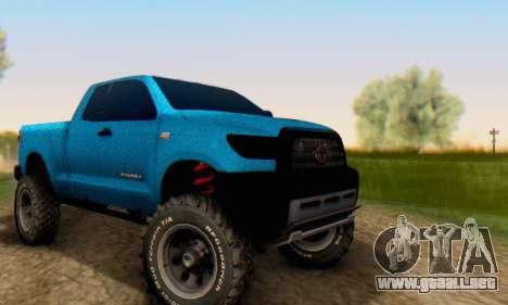 Toyota Tundra OFF Road Tuning Blue Star para GTA San Andreas vista hacia atrás