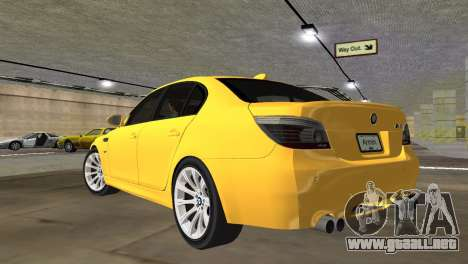 BMW M5 E60 para GTA Vice City left