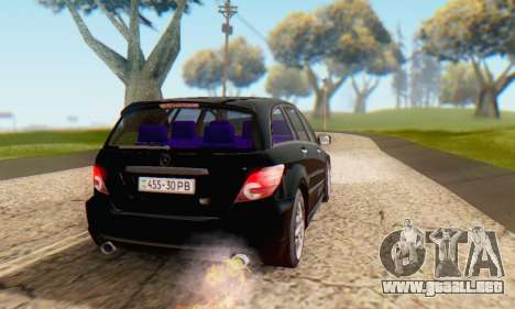 Mercedes-Benz R350 para vista inferior GTA San Andreas
