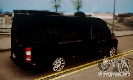 Mercedes-Benz Sprinter 315 CDi para GTA San Andreas left