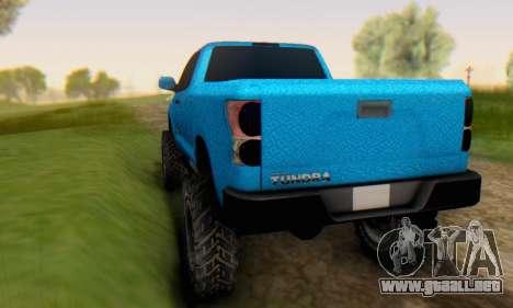 Toyota Tundra OFF Road Tuning Blue Star para la visión correcta GTA San Andreas